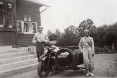 Przy dworze, 1936 r.