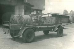 Zakup wozu gumowego 1958 r.
