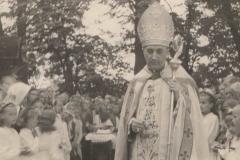 Wizytacja bp Stanisława Rosponda 1950 r.